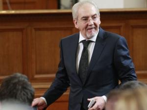 Лютви Местан: Румен Радев иска да попречи на ДОСТ да влезе в парламента