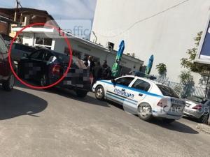 Джип тръгна назад, отнесе кафене на автомивка на Пловдив СНИМКИ