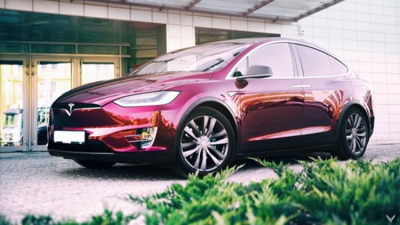 Колко са автомобилите Tesla в България?