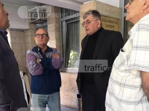 Човекът птица пред съда: Невинен съм, жертва съм на полицай и прокурор СНИМКИ