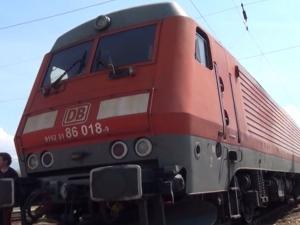 Дерайлира товарен влак, спряха пътническите влакове през Подбалканската линия ВИДЕО