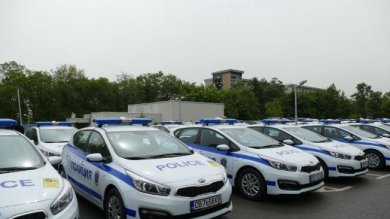 Полицаите вече ще връчват фишовете за нарушение на пътя СНИМКИ