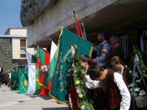 Литийно шествие почита жертвите от Баташкото клане