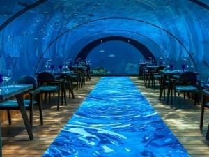 Най-големият подводен лукс в света е на Малдивите СНИМКИ