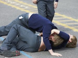 Отново бой в училище! 14-годишно дете е прието в болница