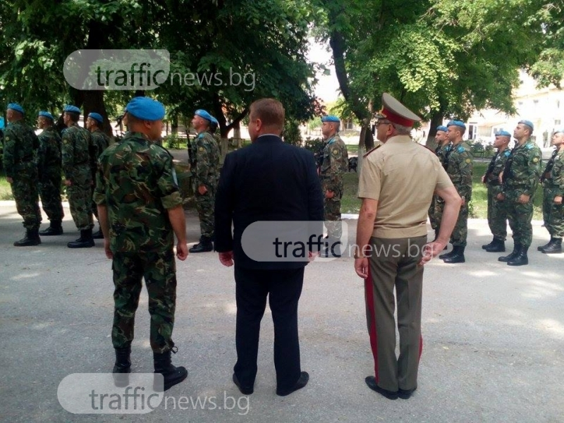 Каракачанов в Пловдив: Връщане на казармата ще осигури 16 хиляди военнослужещи на година