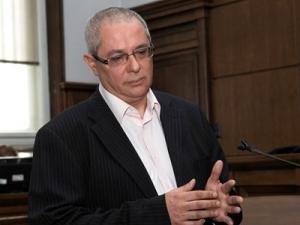Осъдиха на 15 години  затвор касиер на Алфа банк, изнесъл 21 милиона лева в чанти