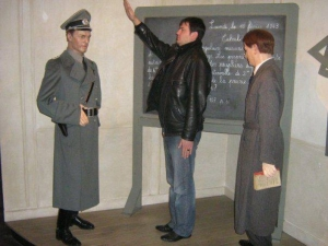 Нацисткият поздрав на зам.-министър му взе главата