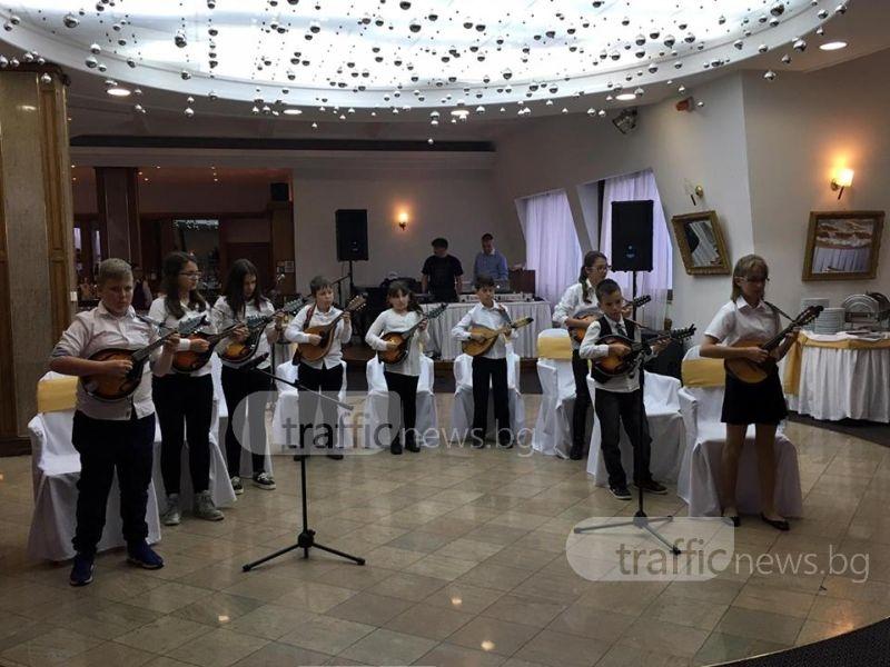 """Хотел """"Тримонциум"""" с 15-ти реверанс към пловдивските журналисти"""