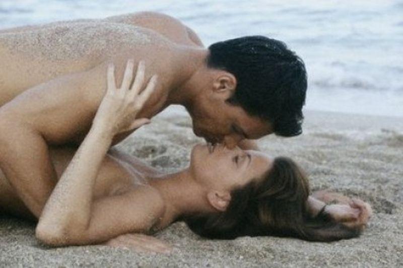 Секс на плажа – защо не е добра идея?