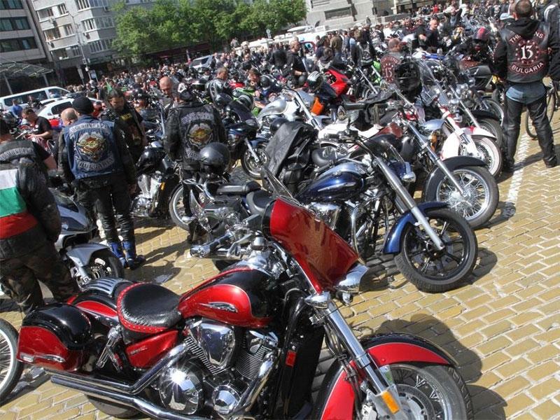 Мотористи излизат на протест заради загинал другар