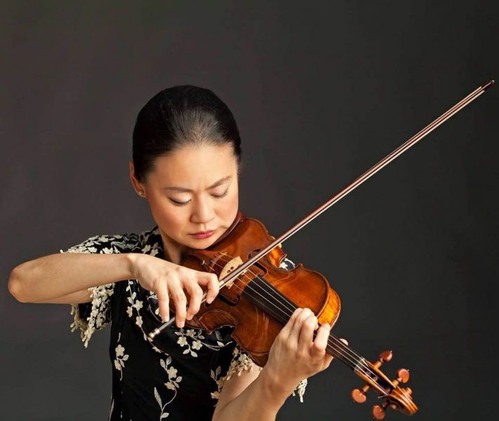Световноизвестна цигуларка идва в Пловдив, ще свири за кауза ВИДЕО