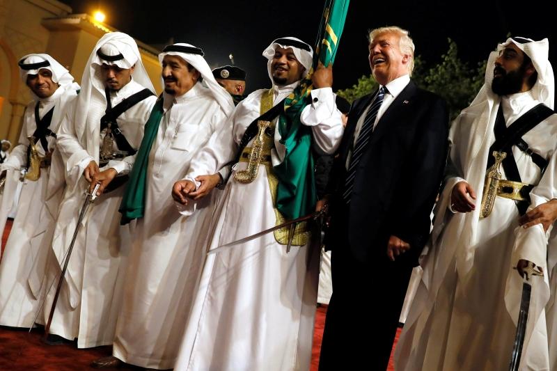 САЩ продават оръжия на Саудитска Арабия за рекордните 110 млрд. долара
