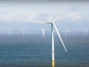 Вятърни турбини гиганти започнаха работа във Великобритания ВИДЕО