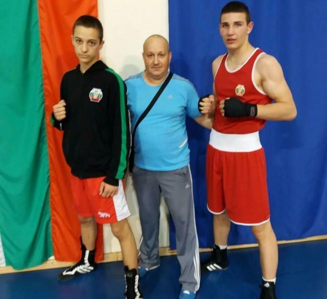 Боксов клуб Първенец с две титли при юношите