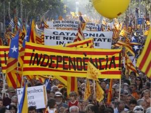 Каталуния заплаши да обяви независимост, ако Мадрид спре референдума