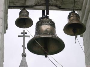 """Тръгнаха да глобяват църква от пловдивската епархия заради """"шума"""" от камбаните"""