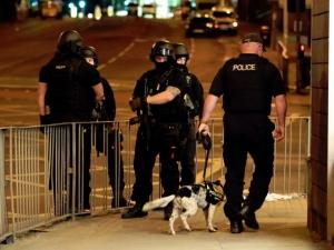 Арестуваха 23-годишен младеж за бомбената атака в Манчестър