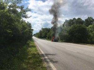 Изгоря автомобилът на рок легендата Иван Лечев