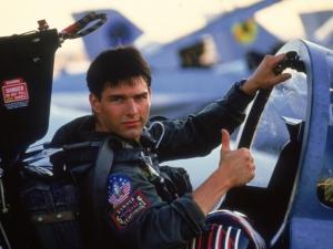 """Том Круз пак се качва в самолет, ще снима """"Топ Гън 2"""""""