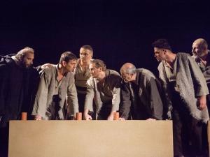 """Признание! Спектакълът """"Вълци"""" на Пловдивската драма с 3 Аскеера"""