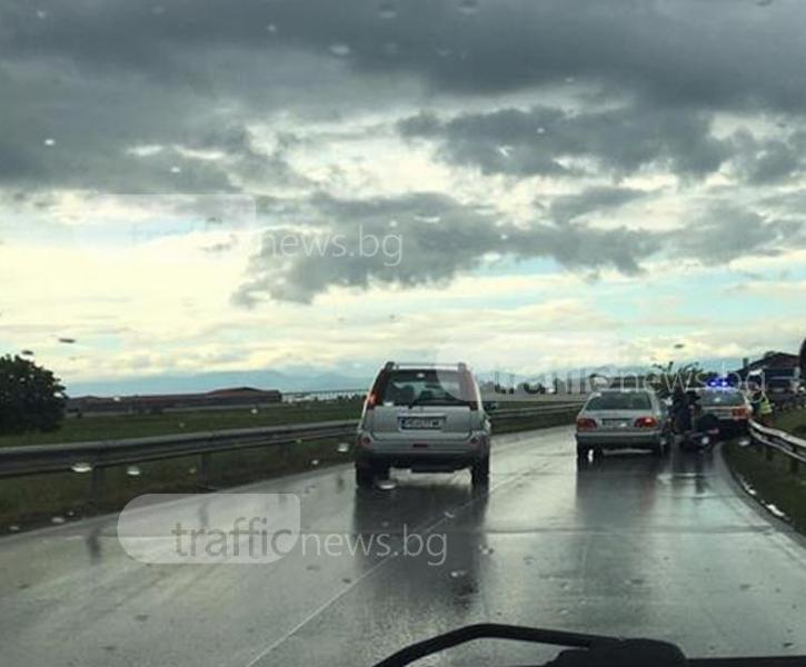 Тежка катастрофа на околовръстното на Пловдив, има пострадали СНИМКИ