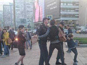"""Полицията в Москва арестува дете, рецитиращо """"Хамлет"""" ВИДЕО"""