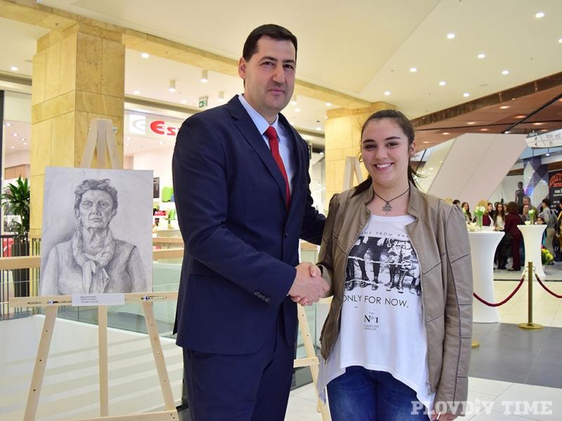 Кметът на Пловдив има още едно дете - кое е то? ВИДЕО