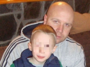 На абитуриентски бал: Семейство събра средства за семейството на загиналия полицай