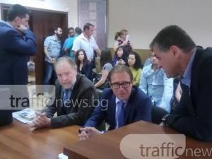 Кметът на Асеновград остава на работа! СНИМКИ