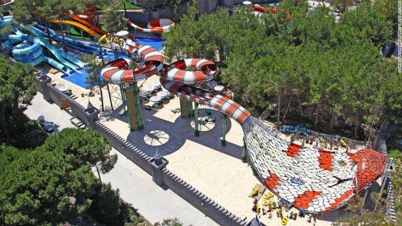 Най-голямата водна пързалка в Източна Европа отваря в Пловдив от днес ВИДЕО