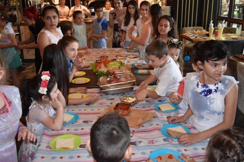 Най-малките готвачи в Пловдив показаха своите умения ВИДЕО