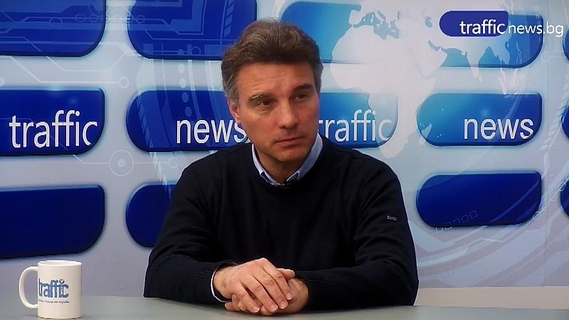Проф. Иво Христов: Гледаме с широко затворени очи как България изтича