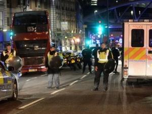 Ужас и терор в Лондон! 3 атентата, най-малко 7 жертви ВИДЕО