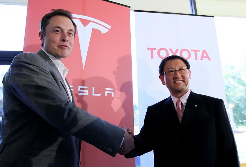 Край на партньорството между Тойота и Тесла
