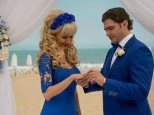 Сезонът на сватбите е открит! Кметът на Стрелча със стилна сватба на морския бряг СНИМКИ