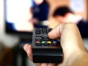 23 бона струва на жена удоволствието да гледа телевизия СНИМКА