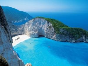 22-годишно момиче загина заради селфи на плаж в Гърция
