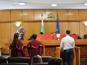 Гимназисти от Чирпан станаха съдии и прокурори в Пловдив