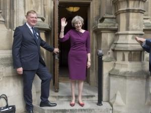 Предсрочни парламентарни избори във Великобритания днес