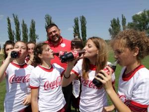 8 отбора на футболен турнир за девойки в Пловдив