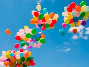 Пловдив се събужда! Хиляди балони ще полетят пред Общината