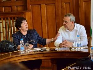 Божана Апостолова на старта на литературния фест: Пловдив чете, София срича