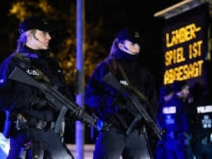 Нов ужас в Амстердам! Кола се вряза в пешеходци