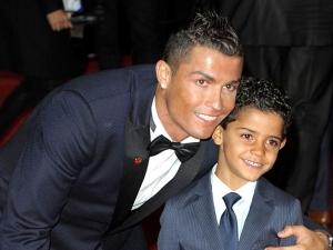 Кристиано Роналдо стана баща на близнаци