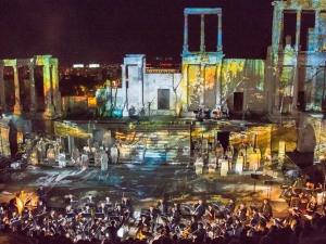 Античният театър оживя с 3D мапинг на откриването на Оpera Open