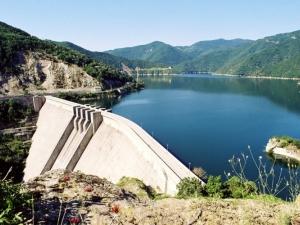 Няма опасност от преливане на реки и язовири в Пловдивско