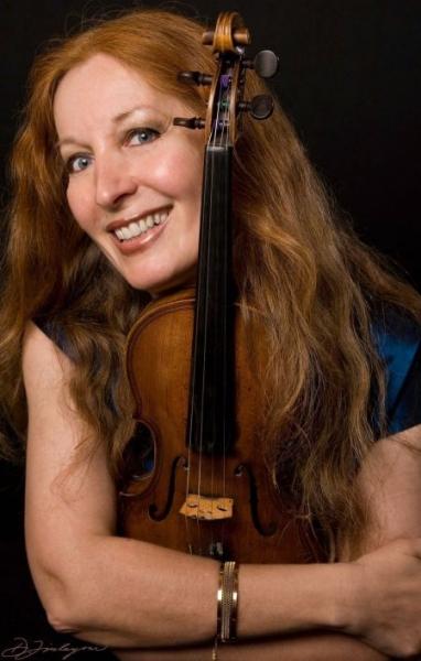 Заболяване отлага концерта на Елмира Дърварова