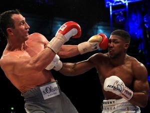 Джошуа: Ще се бия с Кличко или Пулев през ноември