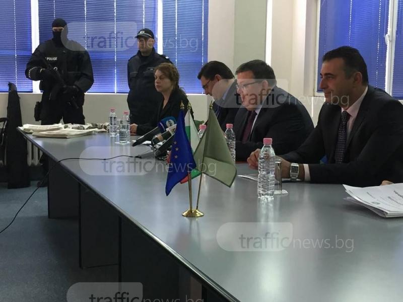 """Мъжете, """"изпрали"""" 12 милиона фалшиво евро, се споразумяха с прокуратурата"""
